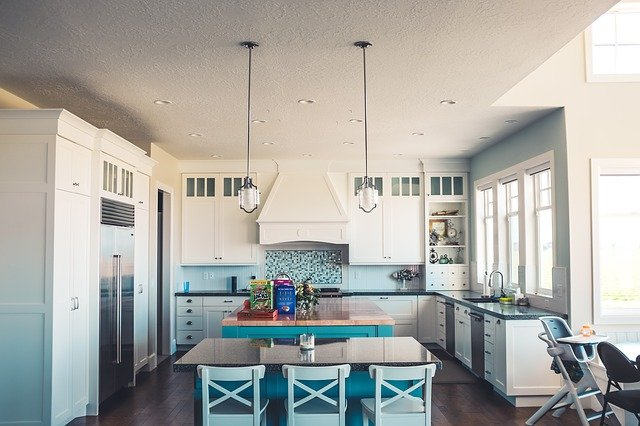 stoły kuchenne: styl kuchni