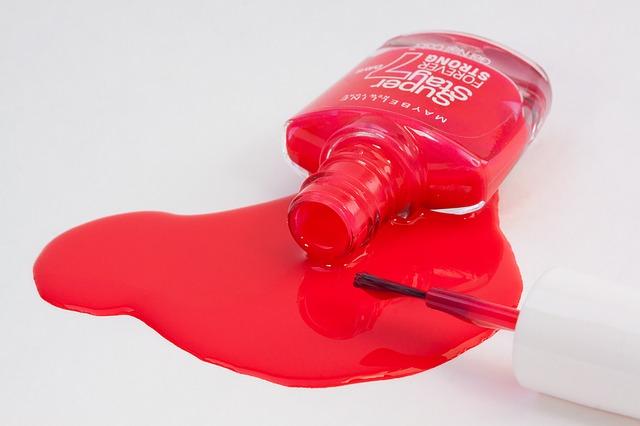 Lakiery hybrydowe: czerwień