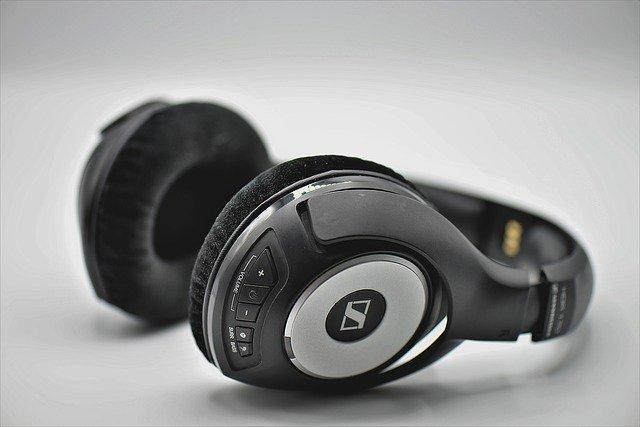 Słuchawki bezprzewodowe: zalety