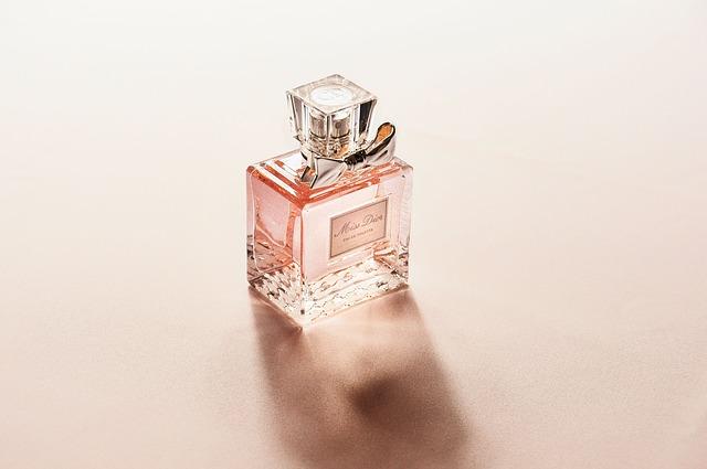 Perfumy z feromonami skuteczność