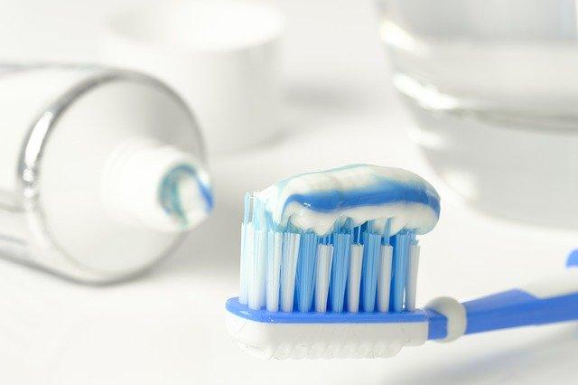 pasty do zębów dla dorosłych